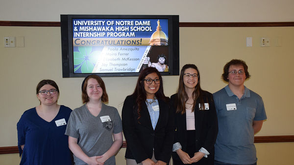 Mishawaka High School Students Present Posters to Wrap Up Internship Experience